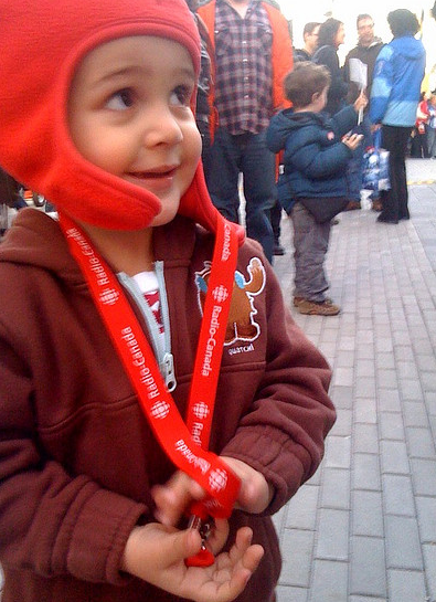 """Zacharie with his """"gold medal"""" from Alex Bilodeau"""