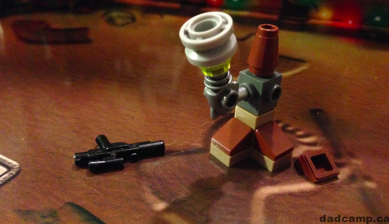 2013 Star Wars LEGO Advent Calendar, December 16: Weapon Rack