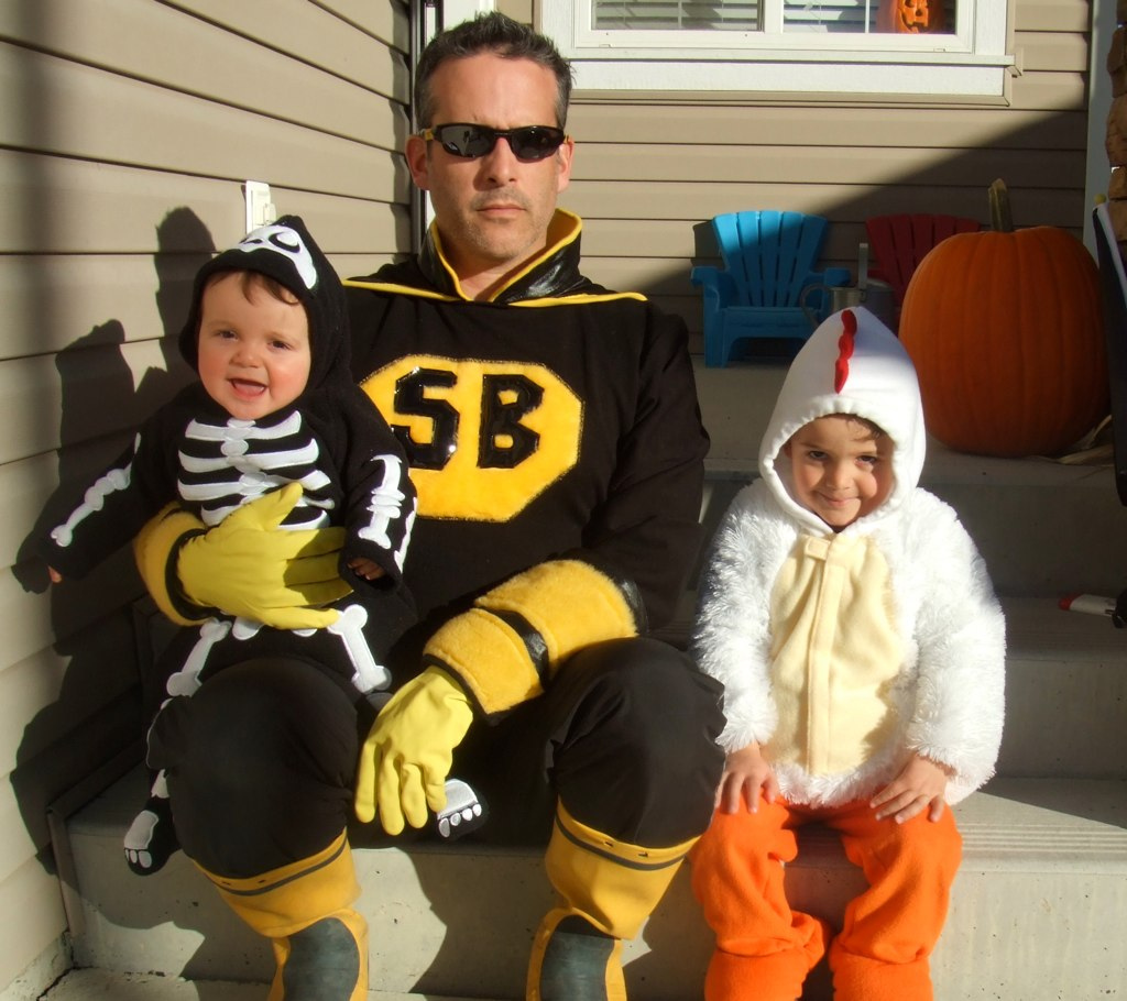 Super Buzz and family
