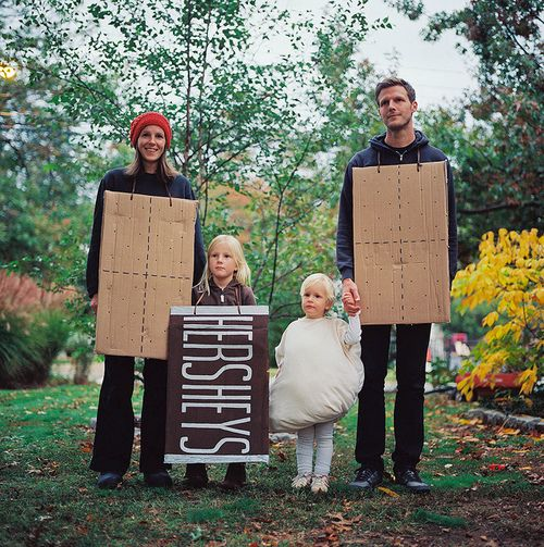 10+ Coolest Homemade Smores Costumes. Smores are the ultimate campfire treat. They are a perfect blend of deliciousness with their crunchiness, melted chocolate and creamy marshmallow goodness. This scrumptious collection honors the perfection of this tasty snack with these awesome homemade smores costumes.