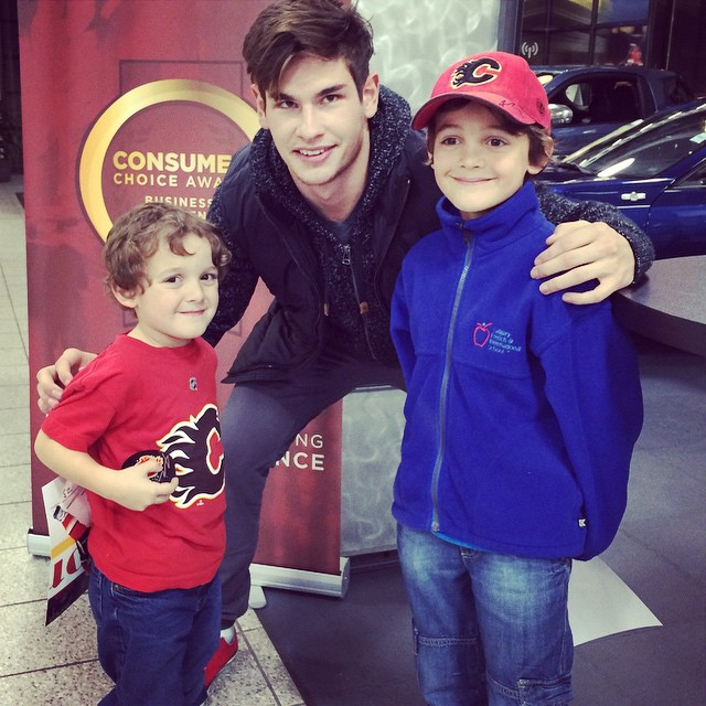 Report card day reward, meeting Sean Monahan! #flames #nhl #hockey #charlie #zacharie