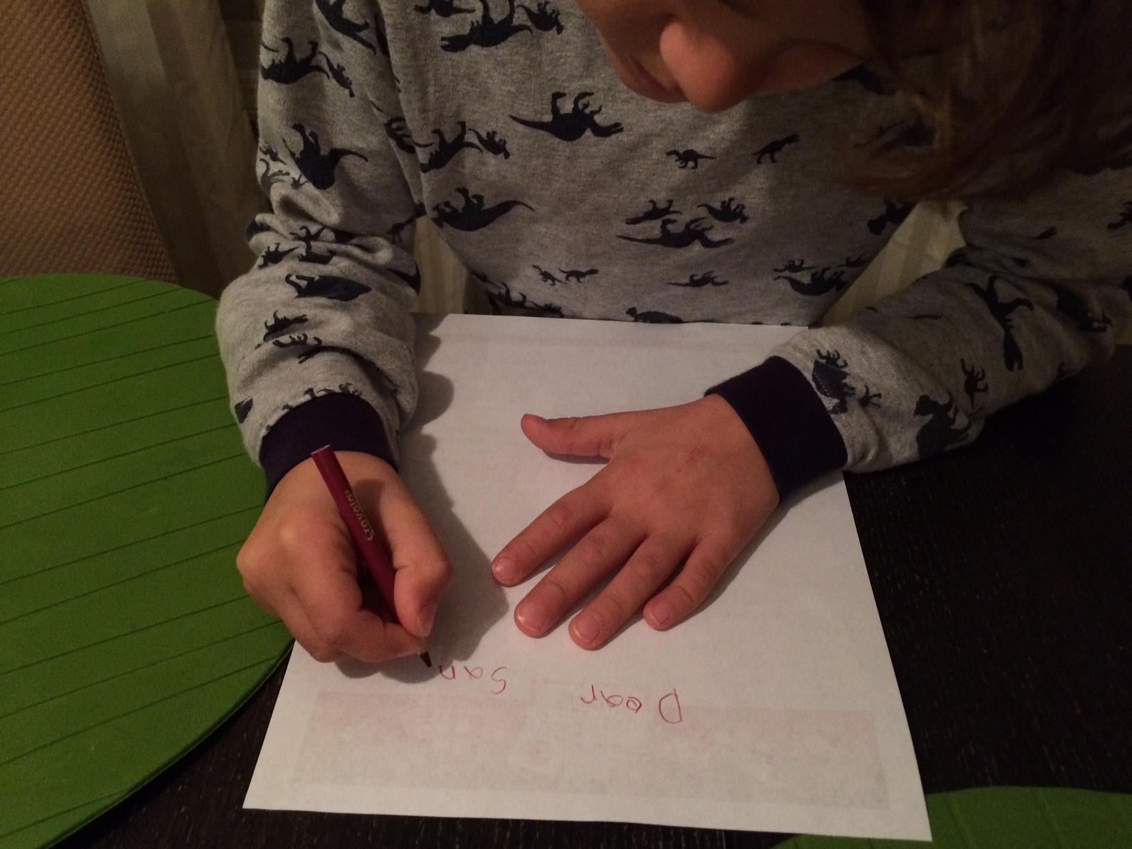 Zacharie writes his Christmas list