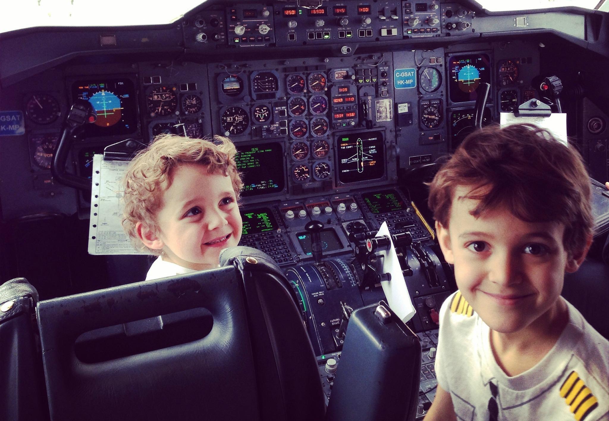 Zacharie Charlie on a Plane