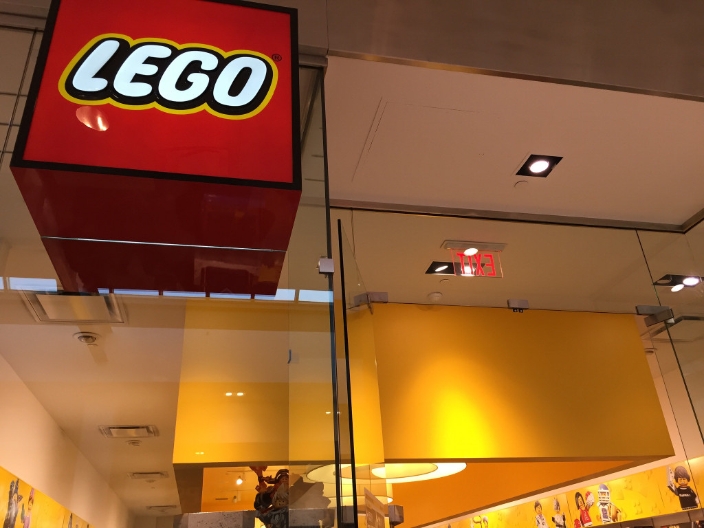 LEGO Store at Chinook Centre